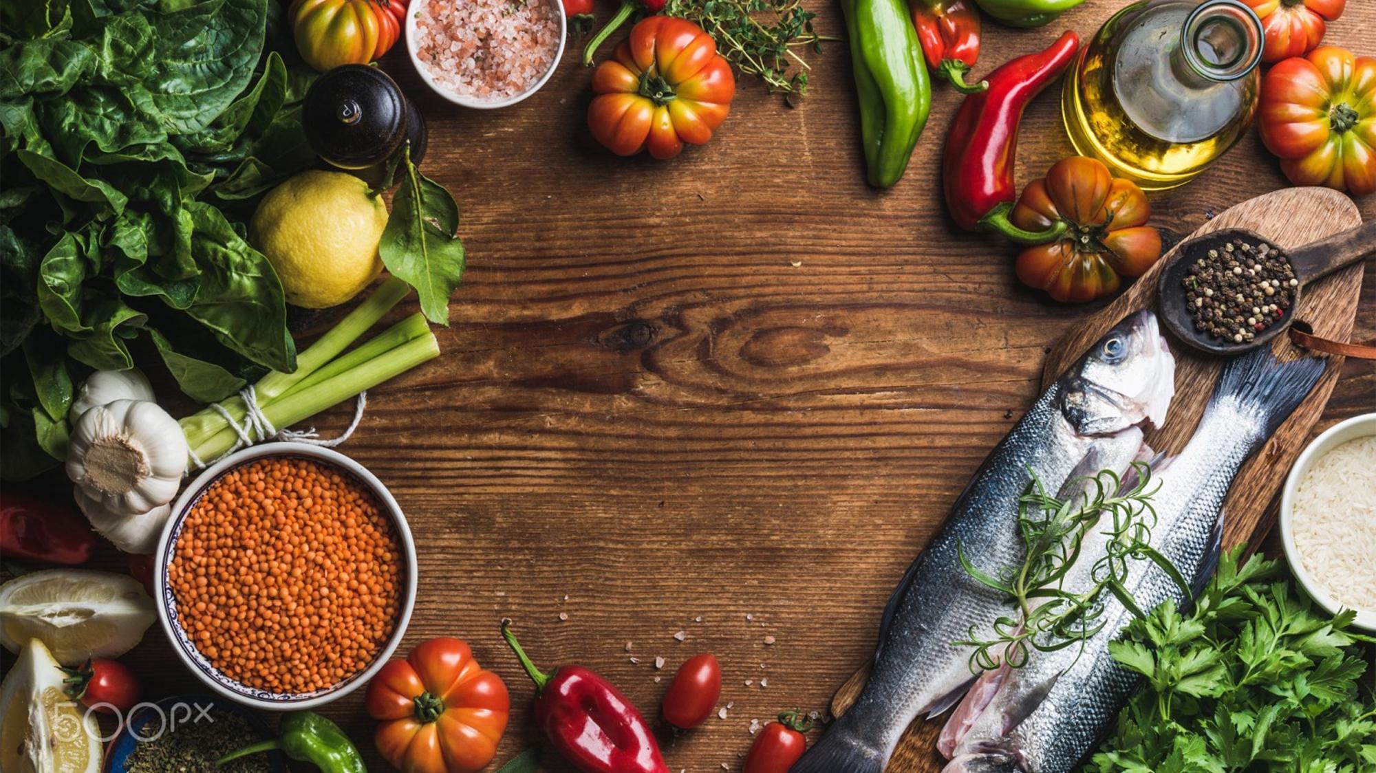 ryby-ryba-pripravy-eda-ovoshchi-stol